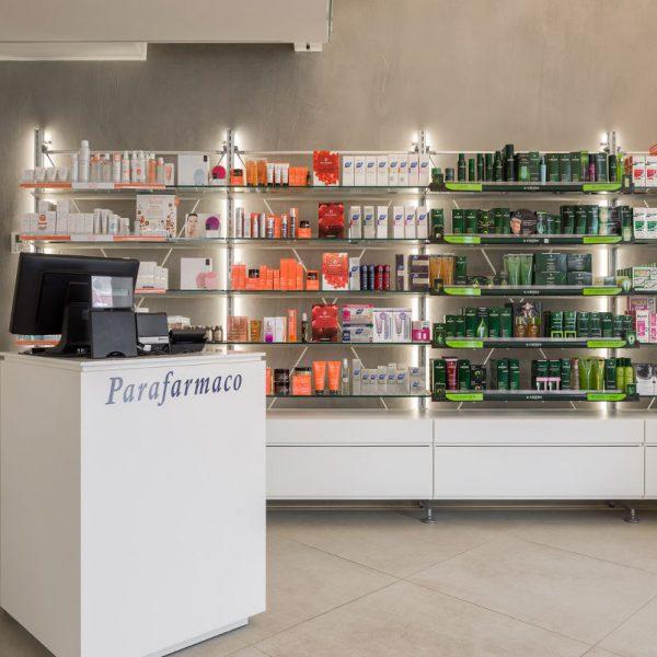 Farmacia Comunale del Naviglio - banco informativo
