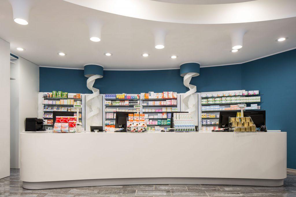 Farmacia Pesenti, Milano - bancone