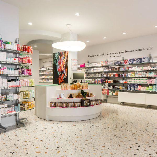Farmacia romor realizzazioni th kohl for Kohl arredamenti farmacie