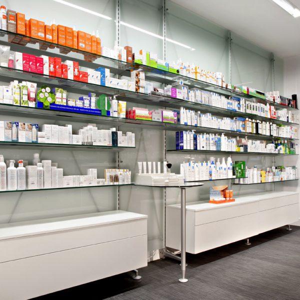 Farmacia barandian zabaleta realizzazioni th kohl for Kohl arredamenti farmacie