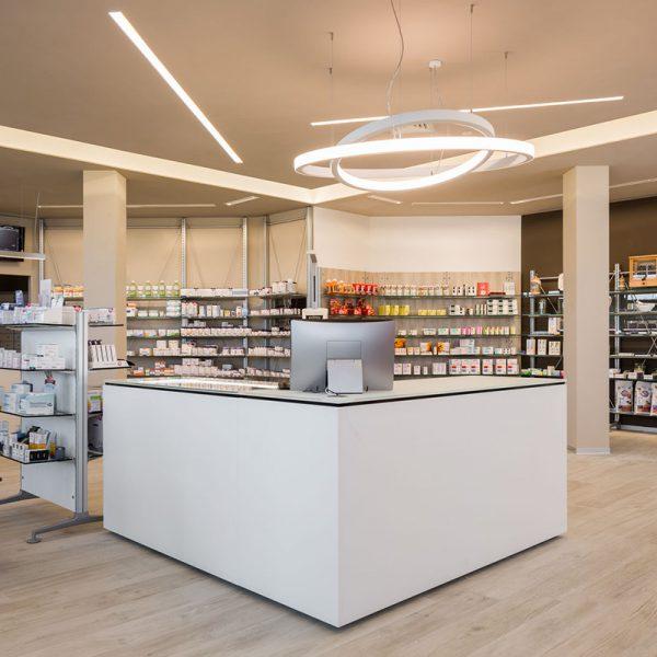 Farmacia genovesi dott marcello realizzazioni th kohl for Kohl arredamenti farmacie