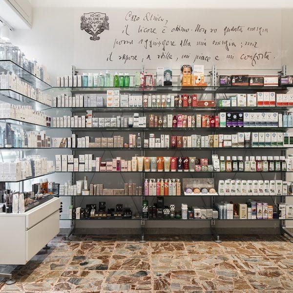 Farmacia Internazionale Storari, Gardone Riviera (BS) - comunicazione