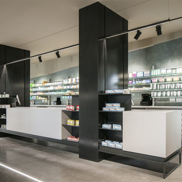 Farmacia All'Angelo dott. Carmignoto, Fontaniva (PD) - bancone