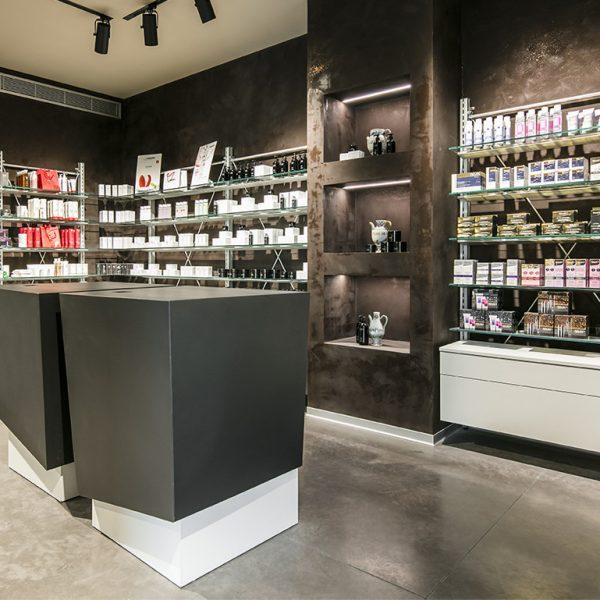 Farmacia All'Angelo dott. Carmignoto, Fontaniva (PD) - angolo farmacia
