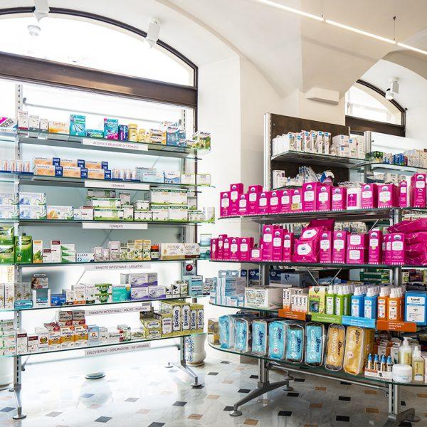 Farmacia Capovilla dr.ssa Capovilla, Imperia - angolo