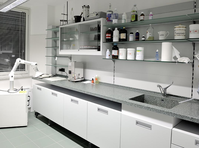 arredamenti farmacie banchi e mobili per farmacie