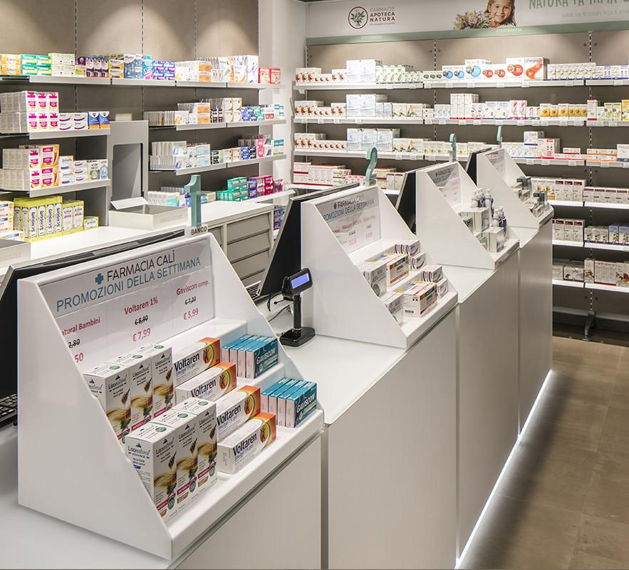 Arredamenti farmacie banchi e mobili per farmacie for Kohl arredamenti farmacie