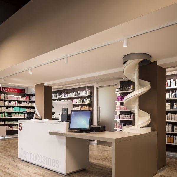 Farmacia Comunale Giotto di Arezzo - angolo dermocosmesi