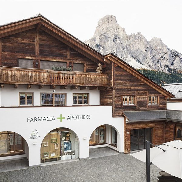 Farmacia Apoteca Corvara - esterno